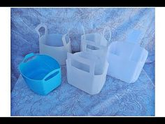 5 Min Crafts, Diy Home Crafts, Milk Jug Crafts, Desk Organization Diy, Plastic Bottle Crafts, Diy Kitchen Storage, Recycle Plastic Bottles, Diy For Kids, Paper Crafts