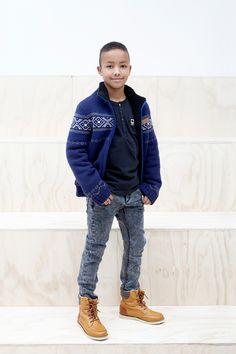 kids on the runway Little Boy Fashion, Kids Fashion Boy, Young Fashion, Little People, Little Boys, Big Kids, Cool Kids, Famous Brands, Handsome Boys
