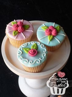 Femeninos cupcakes estilo shabby