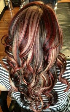 Slices of blonde, red and brown. when i see all these fall hair colors for brown blonde balayage carmel hairstyles it always makes me jealous i wish i could do something like that I absolutely love this fall hair color for brown blonde balayage carmel hair style so pretty! Perfect for fall!!!!!