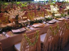 hawaiian themed table scape
