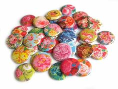 25 Vintage Rose FLAT BACK Buttons by buttonsandbadges on Etsy, $7.50