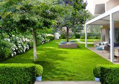 Garden Design Plans, Backyard Garden Design, Garden Landscape Design, Small Garden Design, Landscaping Shrubs, Front Yard Landscaping, Beautiful Home Gardens, Garden Yard Ideas, Winter Garden