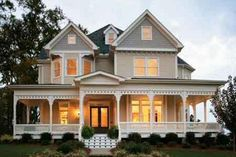 Victorian Style House Plan - 4 Beds 3.5 Baths 2772 Sq/Ft Plan #410-104 Photo - Houseplans.com