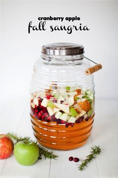 Cranberry apple fall sangria& Whip up a batch for your bash! camping, wreaths, bestfriend ideas, halloween The post fall sangria with cranberries & apple cider appeared first on Dekoration. Cranberry Sangria, Fall Sangria, Apple Sangria, Fall Drinks, Holiday Drinks, Thanksgiving Recipes, Fall Recipes, Sangria Recipes, In Vino Veritas