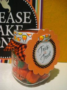 Mason Jar (or baby food jar) favors by kelly.meli