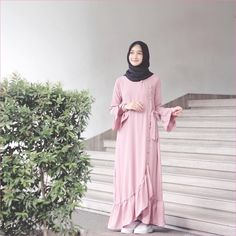Fashion Hijab Casual Gemuk 69 Ideas For 2019 Abaya Fashion, Muslim Fashion, Modest Fashion, Fashion Dresses, Trendy Fashion, Simple Dresses, Pretty Dresses, Casual Dresses, Muslim Dress
