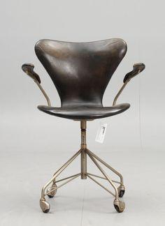 Arne Jacobsen's Seven