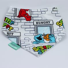This is a great baby dribble bib for the sesame street lover! New Parents, New Moms, Good Color Combinations, Bib Pattern, Dribble Bibs, Baby Safe, Baby Grows, Little Ones, Street