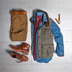 "1,143 Me gusta, 3 comentarios - Matt Graber (@matthewgraber) en Instagram: ""Roughing it today. #grabergrid - Chinos: @bonobos Belt: @tannergoods Boots: Alden Indy 405 Vest:…"""