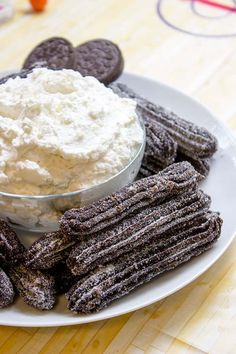 Oreo Churros are crispy, tender, perfectly chocolate-y and perfectly paired with Oreo filling whipped cream dip for dunking. The viral recipe made easy. Pretzel Desserts, Just Desserts, Delicious Desserts, Yummy Food, Oreo Desserts, Oreo Churros, Chocolate Churros, Oreo Filling, Peanut Butter Dip