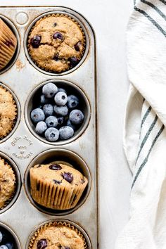 Whole Wheat Blueberry Muffins, Blue Berry Muffins, Blueberry Farm, Dark Food Photography, Photography Editing, Baking Business, Food Gallery, Blue Food, Blueberry Recipes