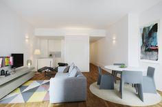 PORTAS SÃO JOÃO // Living room. #BeOporto #portugal #realestate #reabilitacaourbana #arquitectura #livingcity #urbanrestoration #tourism #architecture #oporto #3d #3drendering #interior #interiordesign
