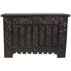 Spanish Basque Baroque Dowry Chest or Coffer, circa 1680