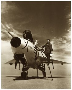 Chuck Yeager and the XF-92A