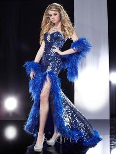 Shop for pageant gowns and long evening gowns at PromGirl. Sexy evening dresses, long prom gowns, and designer gowns and dresses for pageants. Pageant Gowns, Party Gowns, Prom Dresses Online, Homecoming Dresses, Vestidos Vintage, Vintage Dresses, Panoply Dresses, Feather Dress, Prom Dress Shopping