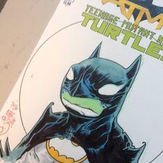 regram @eric_talbot Fun! #erictalbot #tmnt #ottawacomiccon #sketchcover #turtle #batman