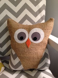 This adorable burlap owl is sure to look great in any room of your home! Made with recycled burlap and cotton fabric. His wings are from gray