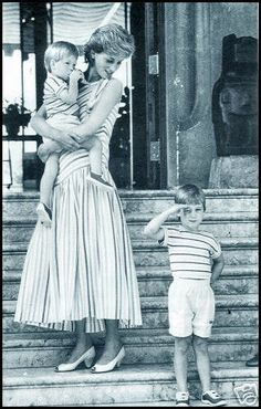 Diana at the Marivent Palace in Mallorca, Spain with the boys in 1986