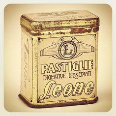 1920s Tin - Lattina degli anni '20! Real vintage! » @pastiglieleone » Instagram Profile » Followgram
