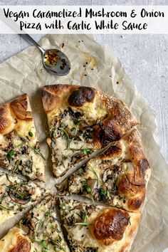 Vegan Caramelized Mushroom Pizza This vegan caramelized mushroom and onion pizza with a garlic white sauce and fresh rosemary is the most mouthwatering and deliciously savory pizza. Vegan Foods, Vegan Dishes, Vegan Vegetarian, Vegetarian Recipes, Healthy Recipes, Healthy Gourmet, Vegetarian Grilling, Ramen Recipes, Cod Recipes