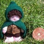 Frodo Baggins – a Knitted and Crocheted Toy (Pattern) | Quazen