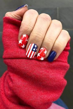 Nails'Merica Nails Cozy Nail Wraps Trends to Inspire Your Next Manicure of July Nails: Cute Nail Art and Design with American Flag Cute Nails, Pretty Nails, Patriotic Nails, Nails Short, American Nails, 4th Of July Nails, July 4th Nails Designs, Cute Summer Nail Designs, Summer Acrylic Nails Designs