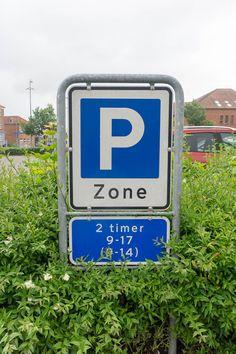 Reisetipps für Dänemark -  Parken in Dänemark, Dänische Parkscheibe und Parkplätze in Dänemark - https://www.welovedenmark.de/parken-in-daenemark/