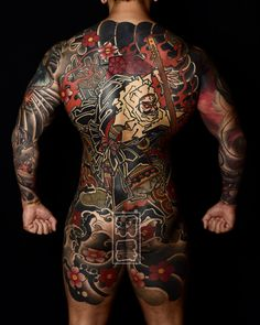Japanese Back Tattoo, Japanese Tattoo Symbols, Japanese Dragon Tattoos, Japanese Tattoo Designs, Japanese Sleeve Tattoos, Tan Tattoo, Sick Tattoo, Full Body Tattoo, Yakuza Style Tattoo