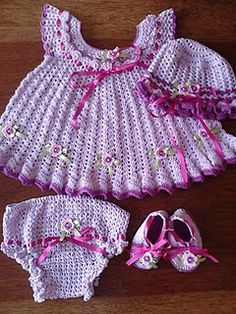*swoon* @lovebamsen  Pattern needs translated and I would have to knit day and night but OMG!!!!!!