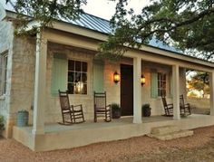 Small stone cottage guest house Fredericksburg TX