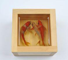 Riusuke Fukahori: Acrylic and resin.