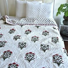 Buy Shah Textile Bundi, Jaipuri Quilt/ Razai, Hand Block Printed and Handmade ~ King Size 90X108 Inches Online at Low Prices in India - Amazon.in