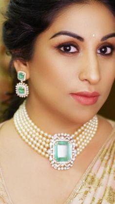 Jewelry OFF! Saved by radhareddy garisa Saved by radhareddy garisa Bead Jewellery, Pearl Jewelry, Bridal Jewelry, Gold Jewelry, Beaded Jewelry, India Jewelry, Diamond Jewelry, Simple Jewelry, Jewlery