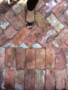 I want to use old weathered brick for the driveway. I love the look!