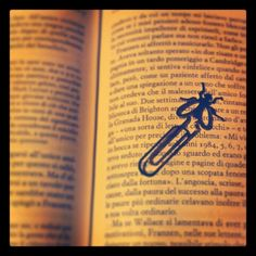 Fly Bookmark