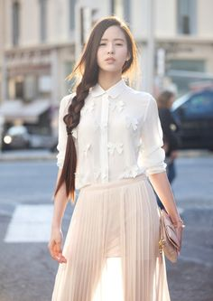 Asiadreaming: wen xin 温 心 bow shirts, korean girl, asian girl, fashion beau Asian Woman, Asian Girl, Asian Style, Mode Inspiration, Asian Fashion, Korean Girl, Cute Outfits, Karl Lagerfeld, Clothes For Women