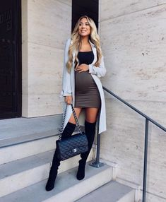 pregnancy outfits casual 377106168795856574 - mentions J'aime, 9 commentaires – FINEST STYLES ( sur In… Source by dianevlt Cute Maternity Outfits, Stylish Maternity, Maternity Wear, Maternity Fashion, Pregnant Outfits, Summer Maternity, Maternity Styles, Pregnancy Fashion, Maternity Dresses