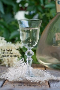 Archiwa: NALEWKI - Każdy ma jakiegoś bzika - Pieguskowa kuchnia Mason Jar Wine Glass, Tableware, Flowers, Food, Canning, Dinnerware, Dishes, Florals, Meals