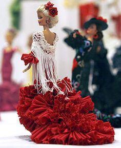 Barbie in flamenco dress Barbie Style, Barbie I, Barbie World, Barbie And Ken, Barbie Clothes, Baby Dolls, Little Doll, Barbie Collector, Barbie Friends