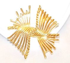 Signed Boucher Modernist Brooch - pinned by pin4etsy.com