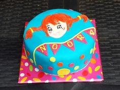 Pipi cake 7th Birthday, Birthday Parties, Birthday Cake, Pippi Longstocking, Gotcha Day, Girl Cakes, Grandkids, Homecoming, Fondant