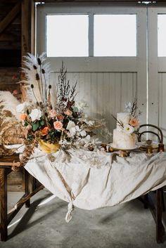 Shed Wedding, Fall Wedding, Autumn Weddings, Chic Vintage Brides, Fall Color Palette, Renaissance Paintings, Wedding Honeymoons, Elopement Inspiration, Wedding Themes