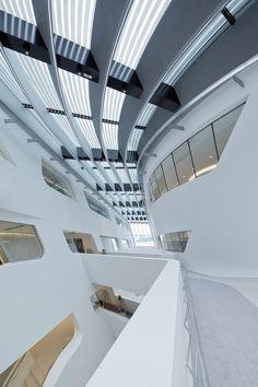 Galeria de Biblioteca e Centro de Aprendizagem da Universidade de Economia de Viena / Zaha Hadid Architects - 22