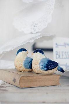 2 little birds - blue & white - Ana Rosa