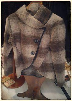 Buona giornata. Nuovi arrivi!! Cardigan in lana cotta, colori sfumati