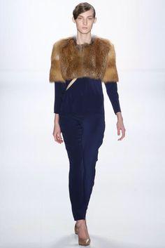 Marina Hoermanseder, Look #11