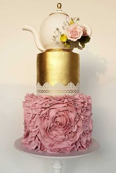 33 Most Amazing Wedding Cakes Pictures & Designs ❤ See more: http://www.weddingforward.com/wedding-cakes-pictures/ #weddings #cakes