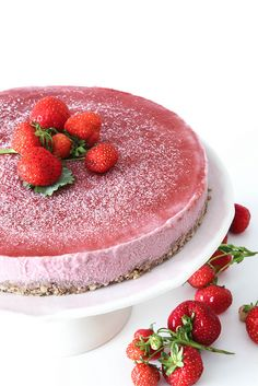 Frozen strawberry cashew cake by Lovely Food, via Flickr