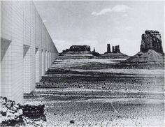 Le Monument continu symbolise l'ordre. Il n'y a que des carrés identiques, neutralisés.  Il reprend la forme de la mégastructure, qui domine alors dans les projets architecturaux des années soixante. Superstudio conçoit une architecture technologique critique pour se démarquer du consumérisme du pop art.